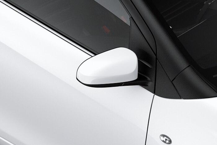 Puxadores de abertura das portas na cor da carroçaria