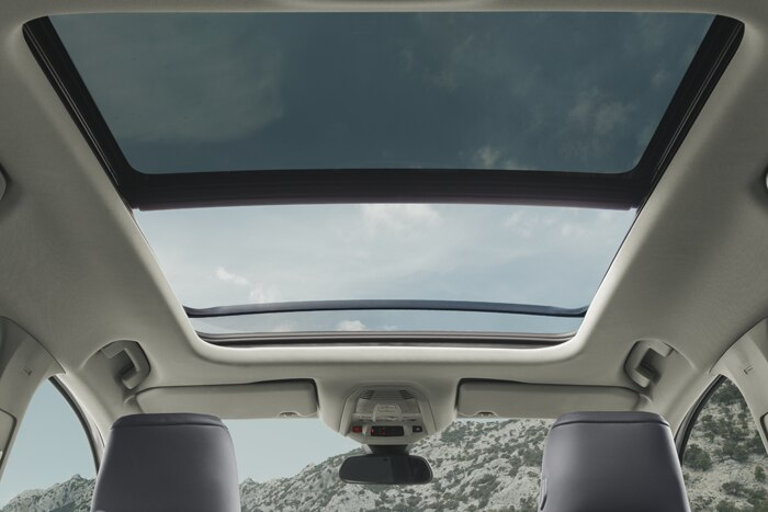 Panoramic opening glass roof (with electric interior blind)