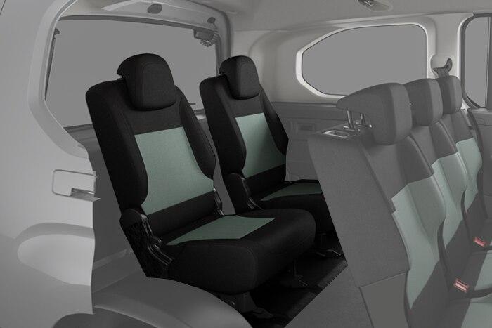 2 samostatná sklopná a vyjímatelná sedadla ve třetí řadě, 2x držák nápojů a zásuvka 12V pro třetí řadu sedaček