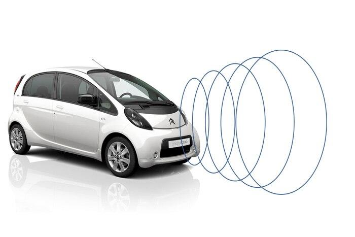 Sistema de alerta acústica de vehículos (AVAS)